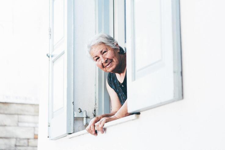 6 ways to help the elderly at home